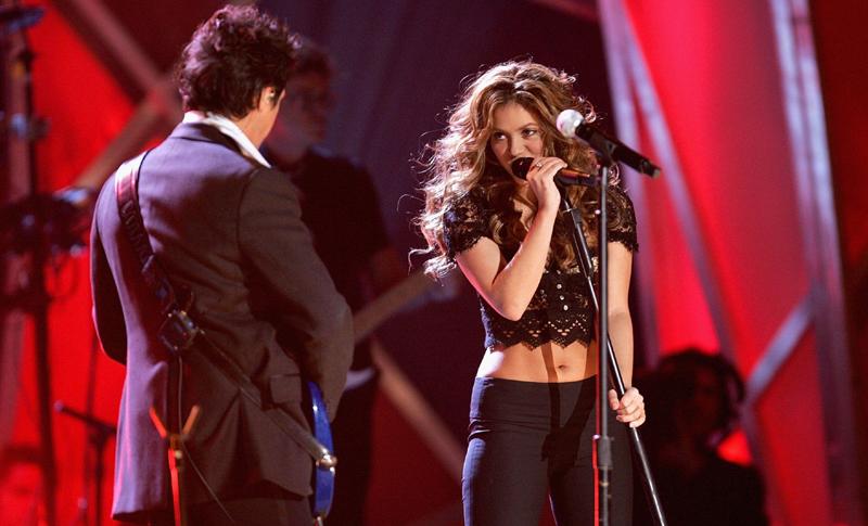 Shakira y Alejandro Sanz se coquetean: después de 15 años hay vídeo