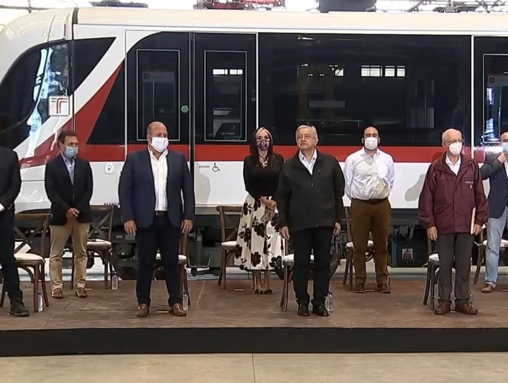 Alfaro y AMLO pausan pleito por inauguración de tren