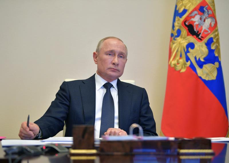 Putin tacha de 'infundadas' a acusaciones a Rusia en el caso Navalni