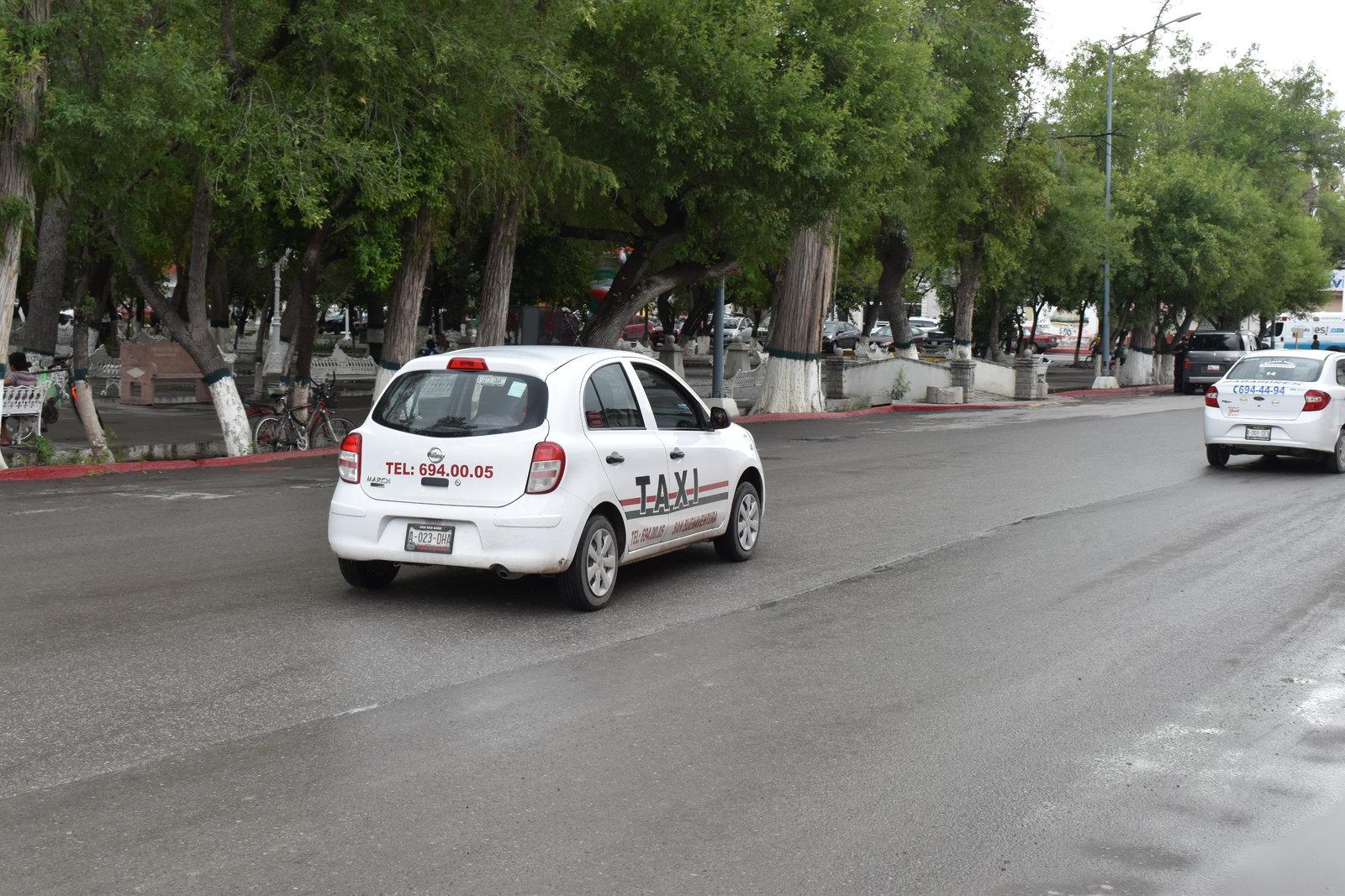 Ser taxista ya no es  negocio, pandemia los obliga a renunciar