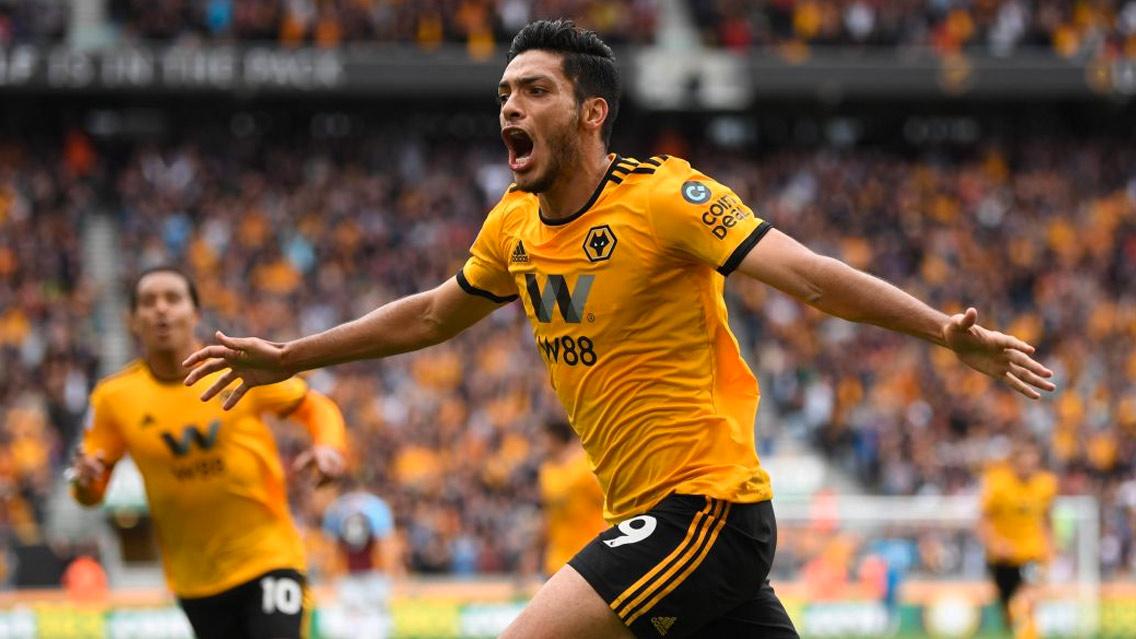 Raúl Jiménez comenzó pisando fuerte con los Wolves