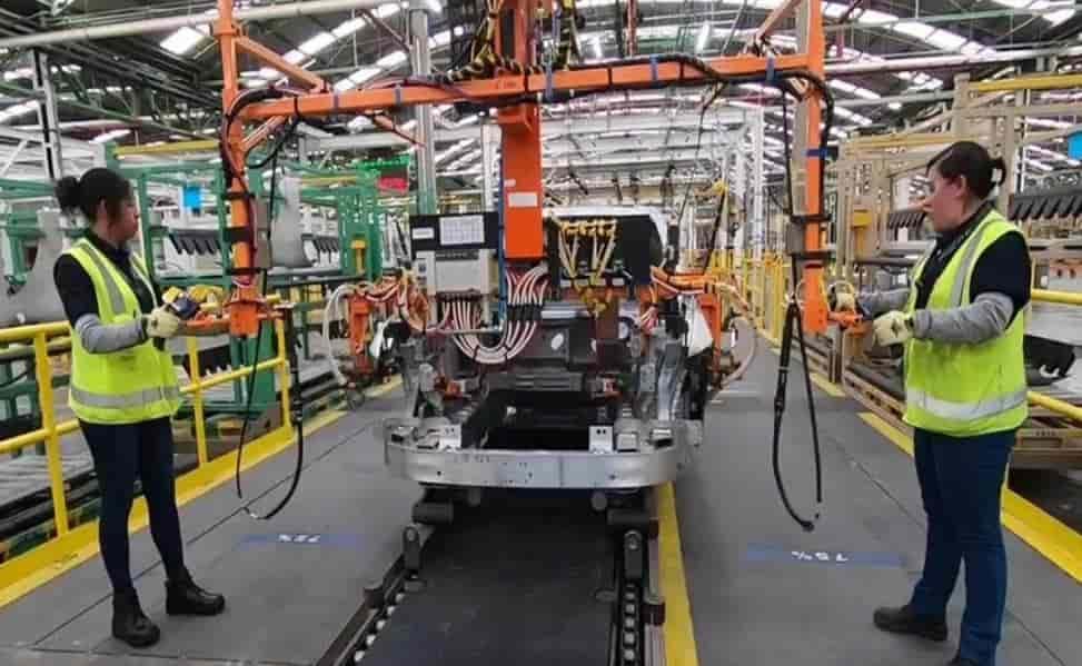 Inician producción del Mustang eléctrico en Cuautitlán