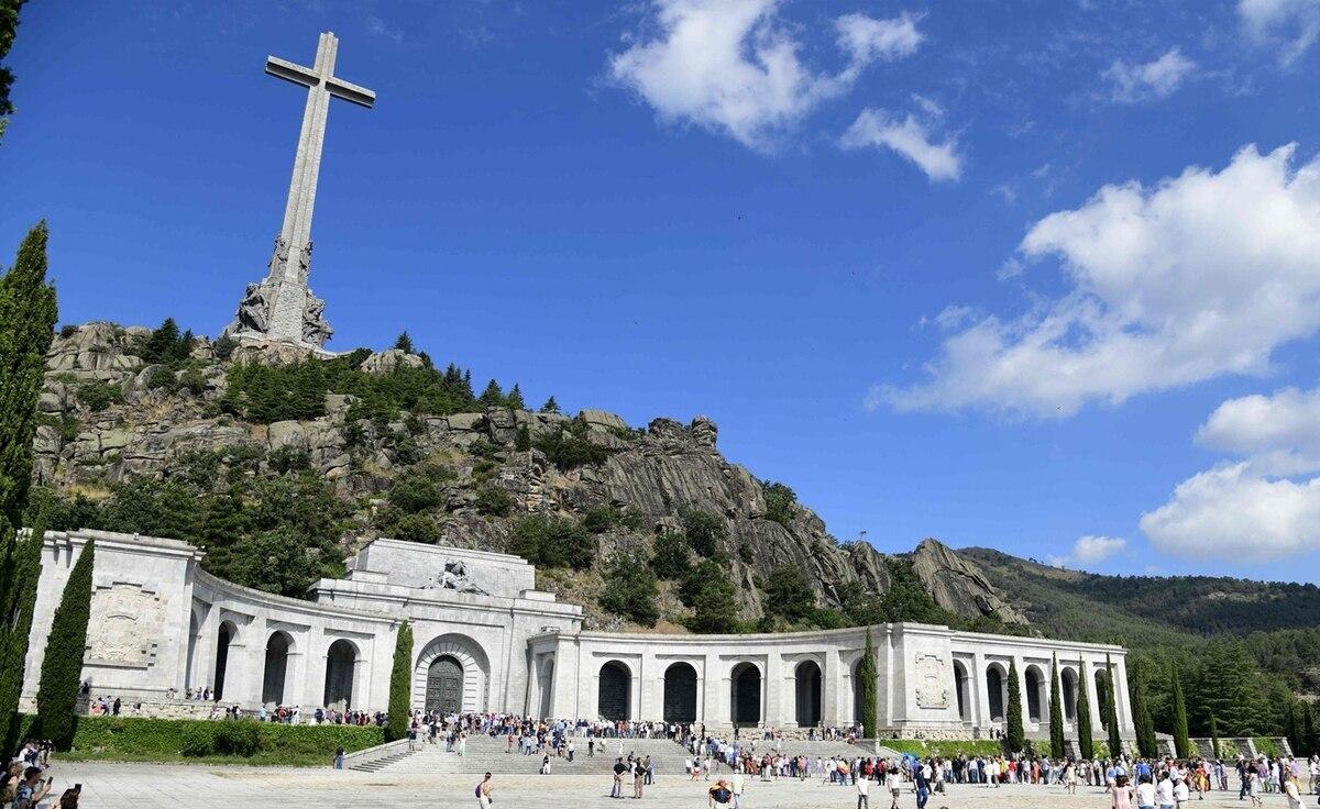 Gobierno español convertirá el mausoleo de Franco en un cementerio civil