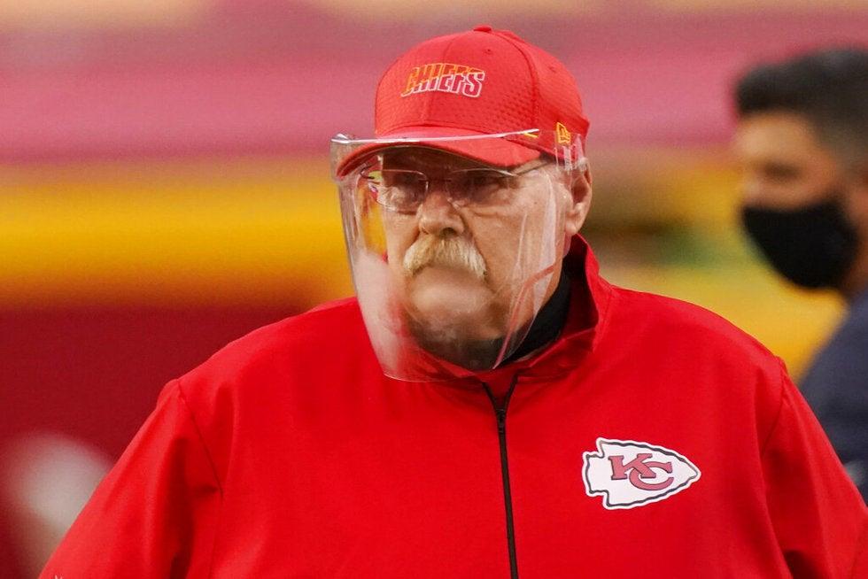 La NFL obligará a usar cubre bocas