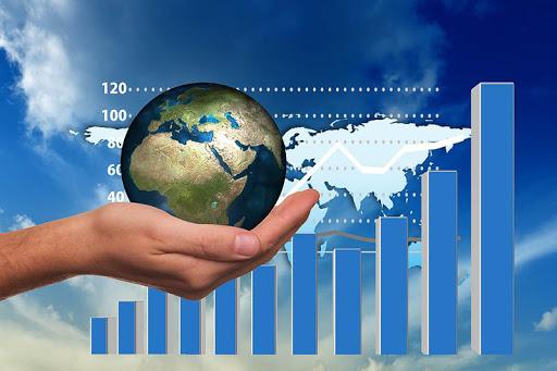 Regresa de la crisis la economía global, pero 'lejos de terminar': FMI
