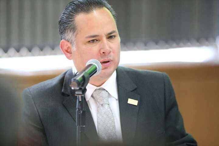 AMLO decidirá si voy por la gubernatura de Querétaro: Santiago Nieto