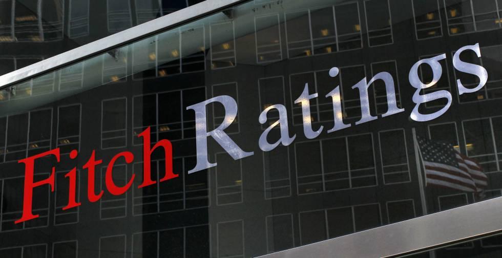 'Reestructura de créditos bancarios, negativos a largo plazo': Fitch Ratings