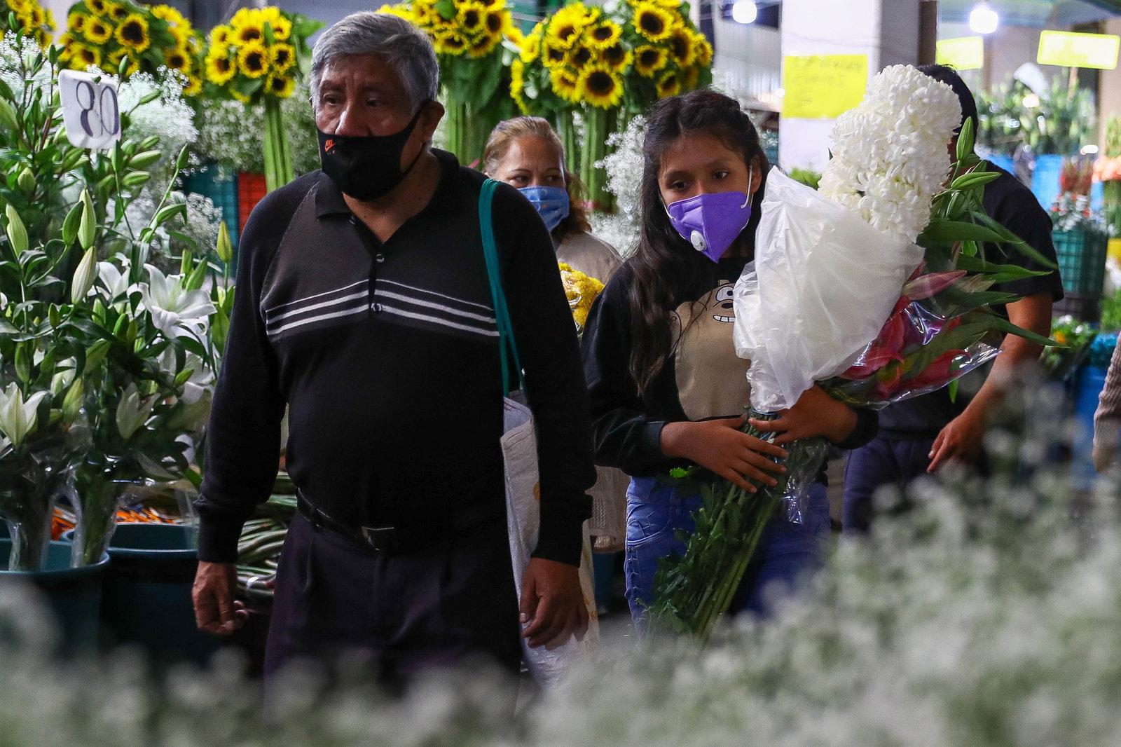 Suman 82,348 los decesos por COVID-19 en México