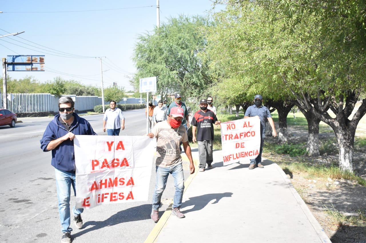 Amagan ex obreros de IFESA con manifestación en el GAN