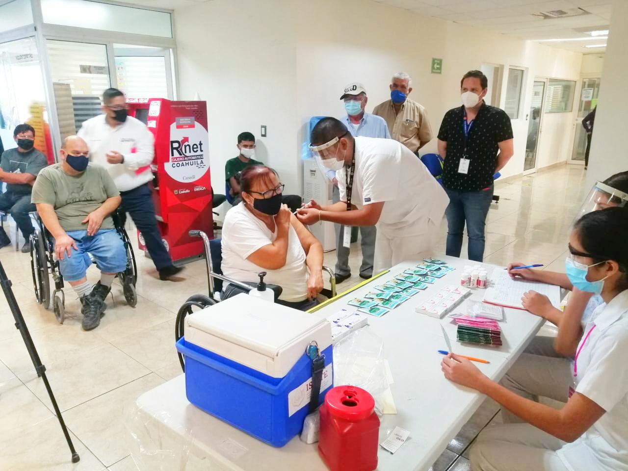 Garantizan el abasto de dosis en vacunas contra la influenza