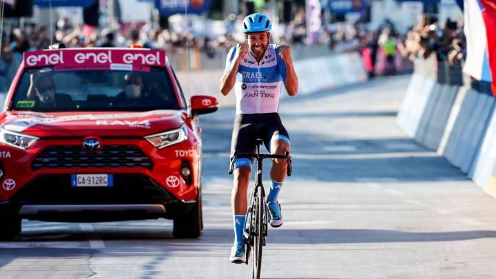 Alex Dowsett gana el Giro de Italia