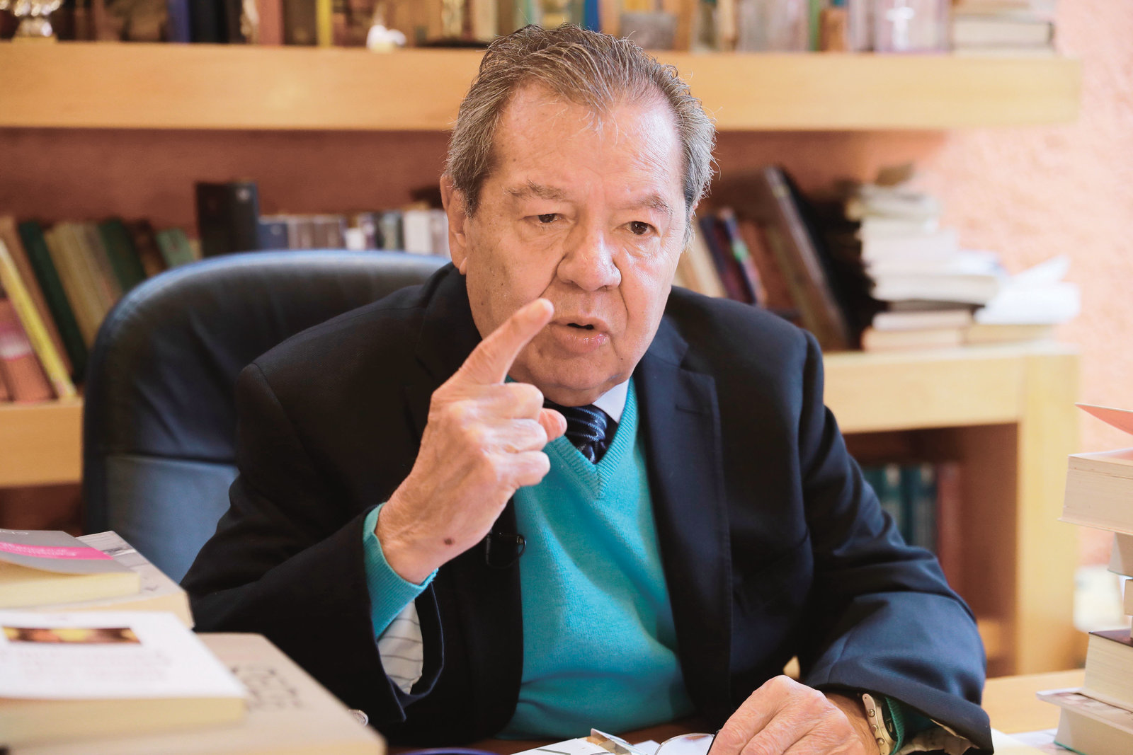 Porfirio Muñoz Ledo califica de 'graves' las declaraciones de Mario Delgado