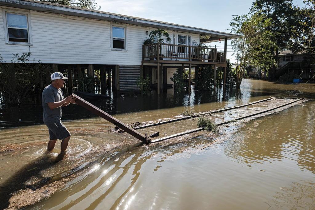 Luisiana, de nuevo entre escombros y destrozos por huracán 'Delta'