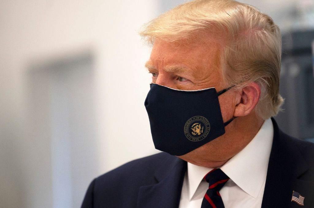 Trump alista su mitin en Florida convencido de que es inmune a la COVID-19