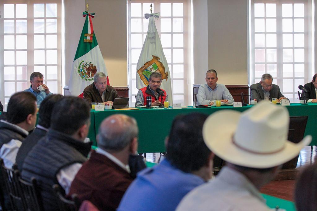Pide Miguel Riquelme a su gabinete redoblar esfuerzos ante el COVID-19