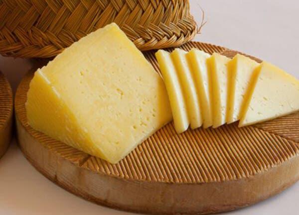 Estos son todos los quesos y yogurts que prohibió Profeco