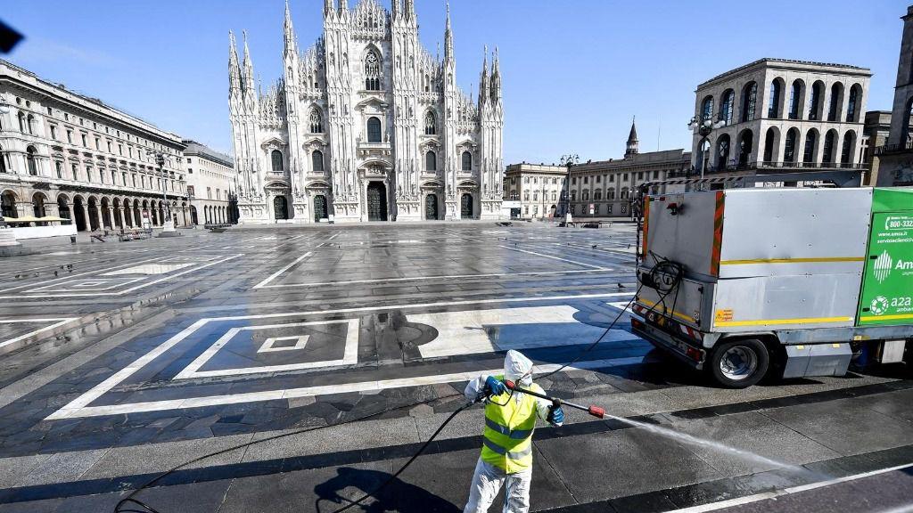 Italia registra un nuevo repunte con 8,804 nuevos casos y duplica los muertos