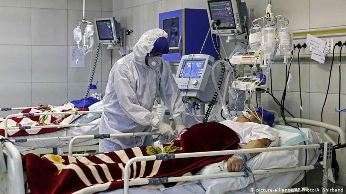 Italia supera los 10,000 contagios en un día y registra 55 muertos