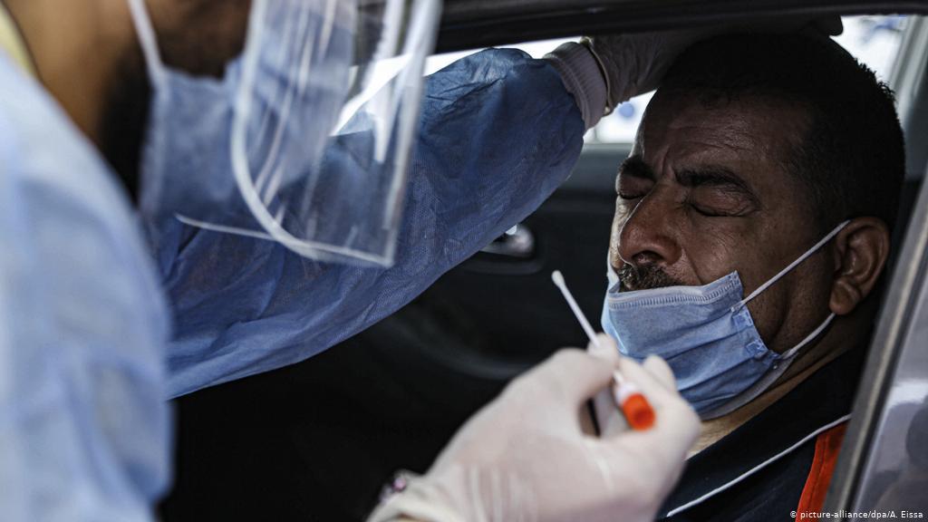 Los contagios en Italia siguen en aumento hasta los casi 11,000 en un día