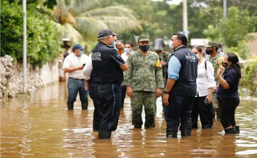 Familias viven en casas inundadas, después de 10 días de 'Delta'