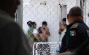 Desaparecen 3 peruanos en Jalisco tras ser detenidos por policías