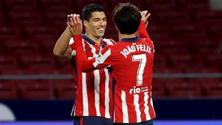 Atlético golea al Cádiz