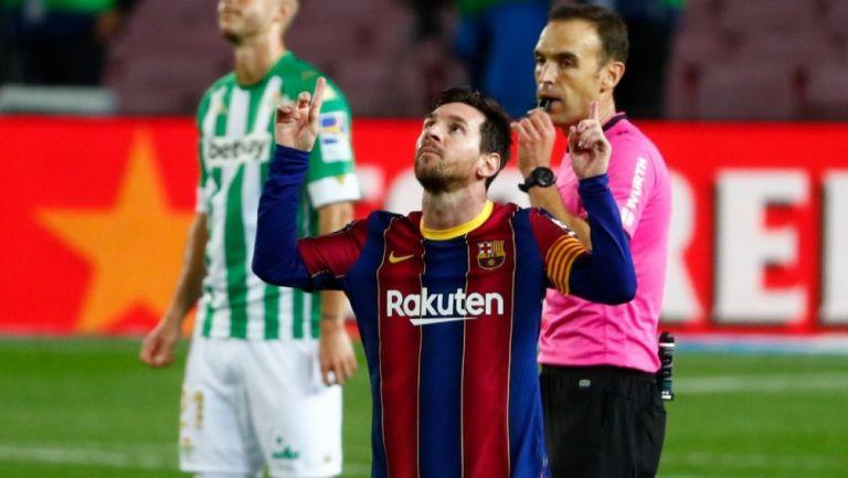 Con Messi de suplente Barcelona golea al Betis 5-2