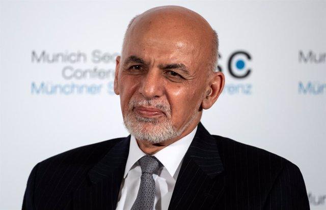 Afganistán espera que Biden revise el proceso de paz con los talibanes