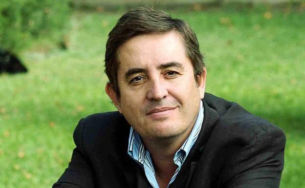 Gana Premio Betocchi el poeta español Luis García Montero