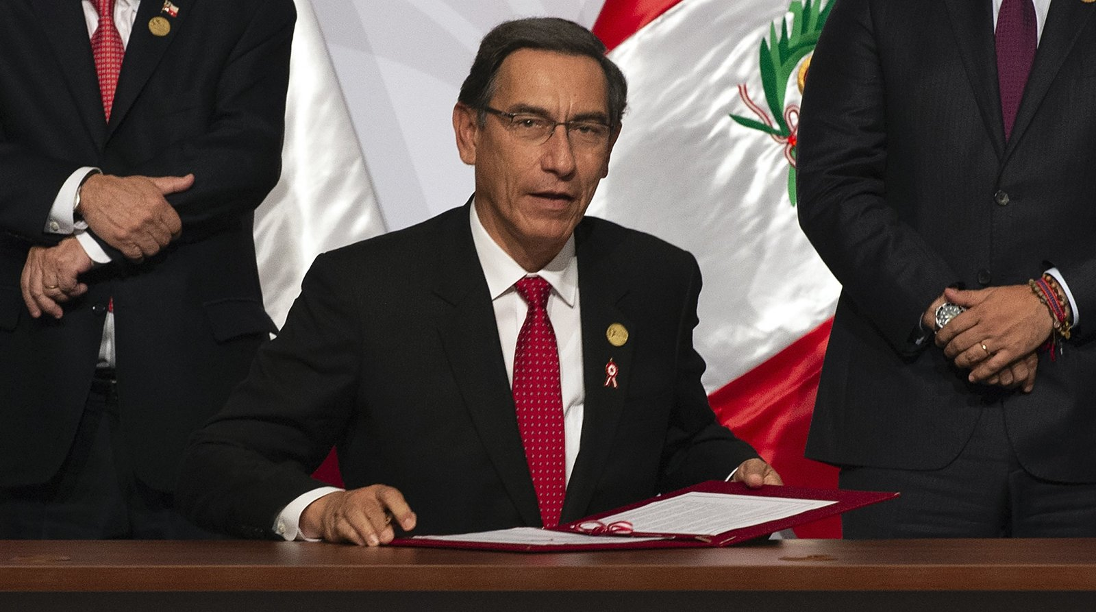 Presidentes latinoamericanos que no terminaron su mandato
