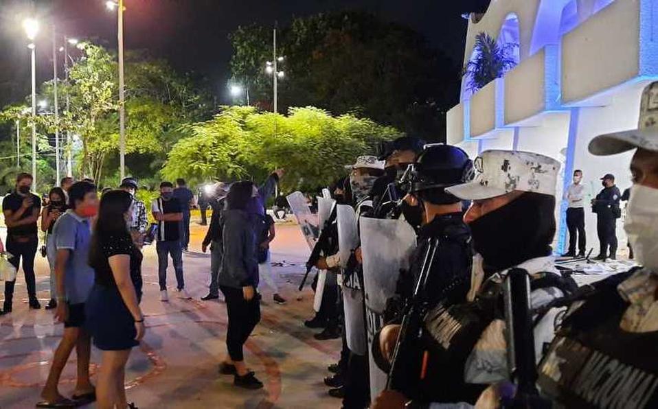 ONU-DH: Condena represión a protesta feminista en Cancún
