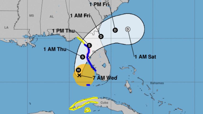 Eta se convierte en huracán mientras se acerca a la costa oeste de Florida