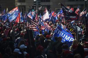 En Washington, miles denuncian fraude electoral sin pruebas