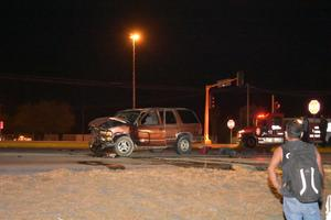 Brutal encontronazo en Monclova; 2 muertos
