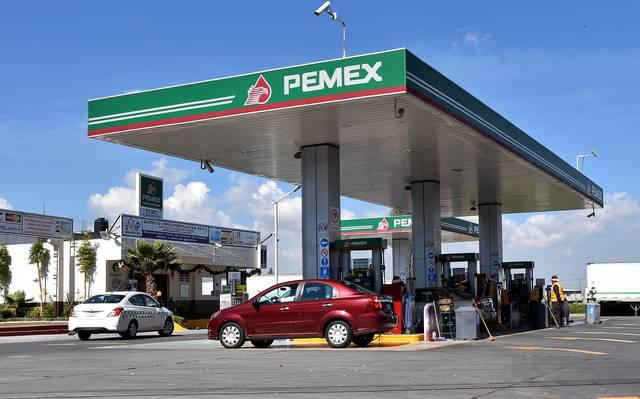 Aumenta la demanda de gasolinas y bajan los precios en último trimestre