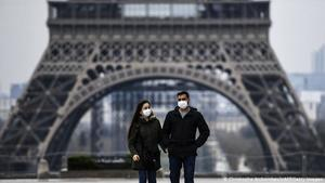 Francia supera los dos millones de contagios por COVID-19