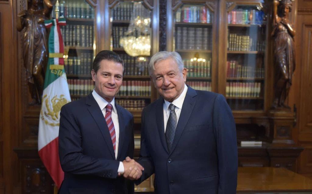 Peña Nieto reaparece en Twitter; expresa condolencias a AMLO