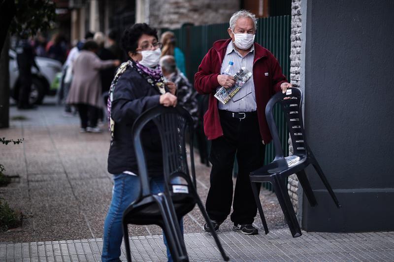 El Gobierno de Argentina anuncia una subida del 5% en las jubilaciones
