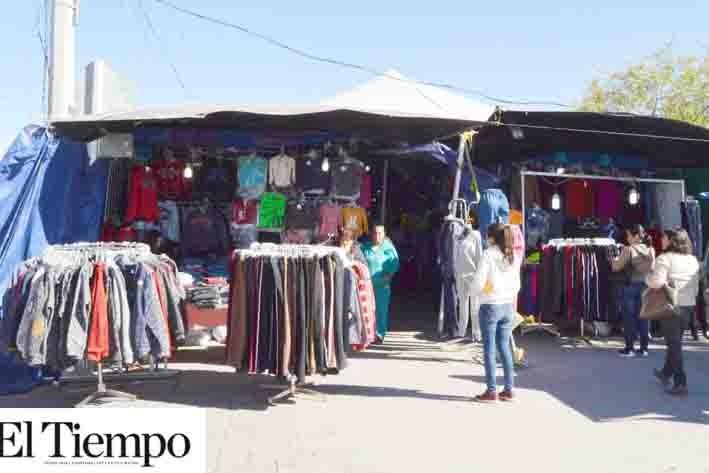 Comerciantes de la  plaza Occidental se 'roban' la energía
