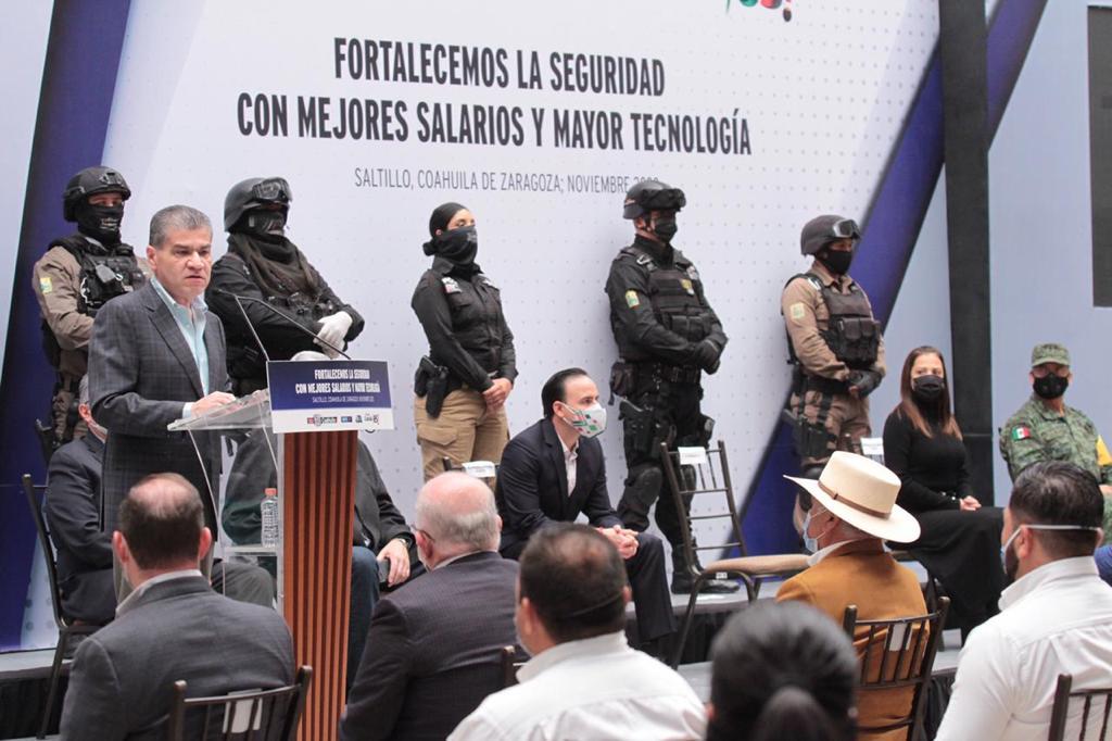 Mejores salarios y mayor tecnología a fuerzas de seguridad