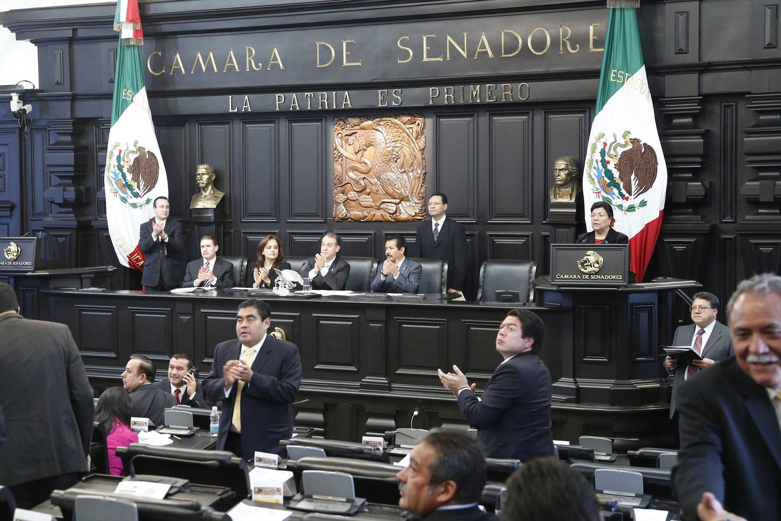 Convoca Senado a elección extraordinaria para sustituir a legislador