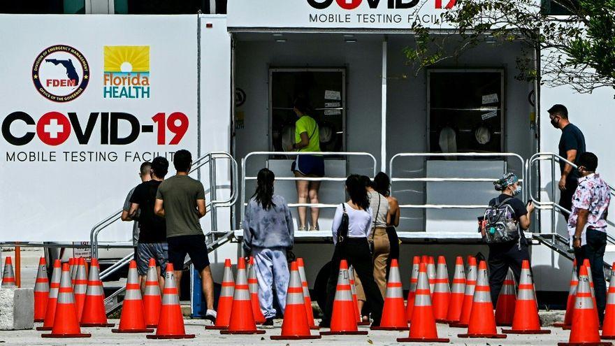 Anuncia Florida el pronto envío a hospitales de una vacuna contra covid-19