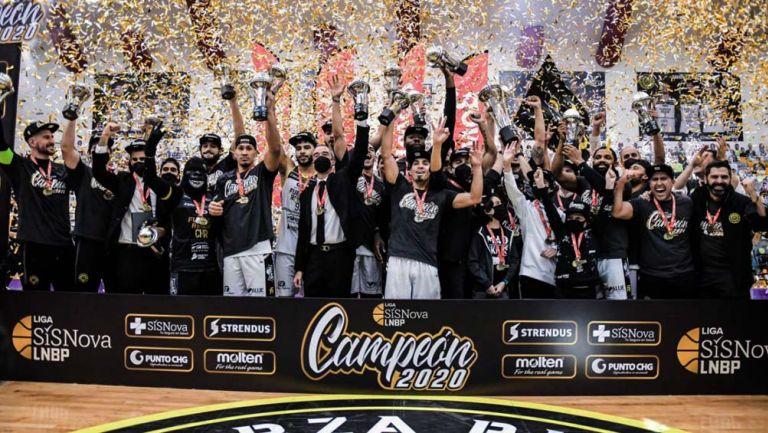 Fuerza Regia consigue título en baloncesto mexicano
