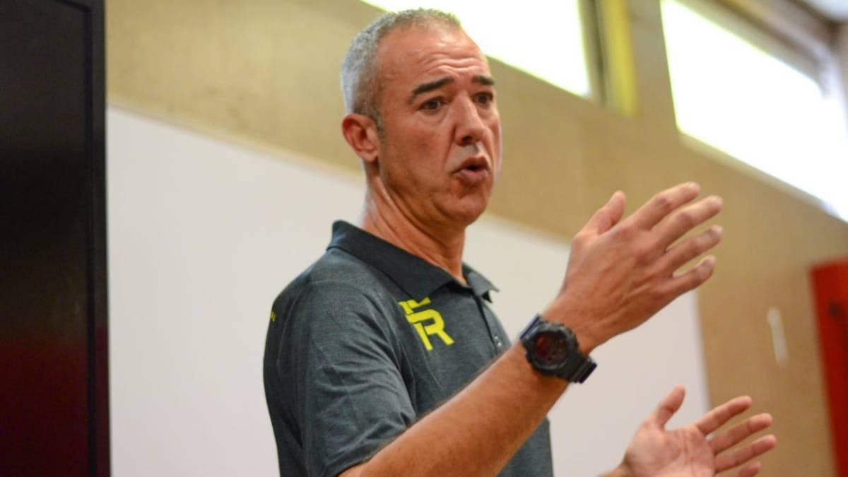 Francisco Olmos: Desea que Ayón regrese a la Selección