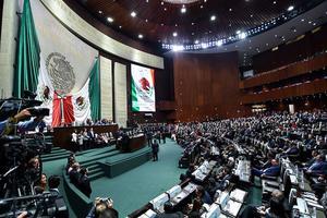 """""""Patean"""" a 2021 polémicas leyes:  Marihuana, Outsourcing, Banxico"""