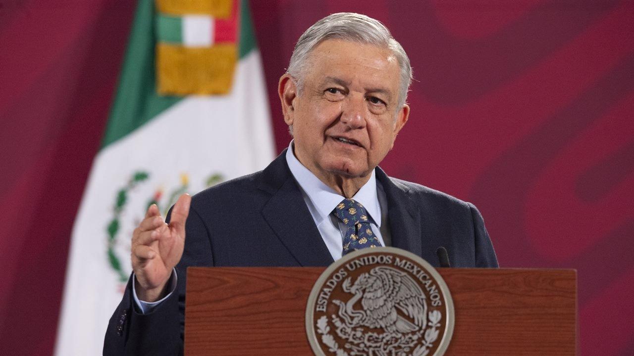 AMLO: Pide a directivos de Banxico no ser 'machuchones' de finanzas