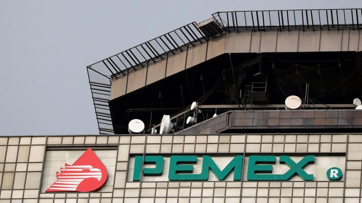 Rescinde Pemex formalmente de contratos ligados a la prima de AMLO
