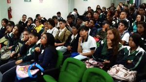 Solo 1 de cada 3 jóvenes en México sigue estudios de nivel superior