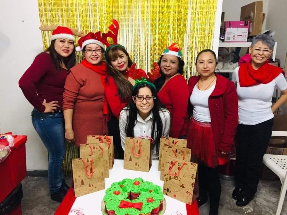 Celebran tradicional posada navideña