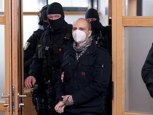 La Fiscalía alemana pide perpetua para un neonazi por asesinar a un político